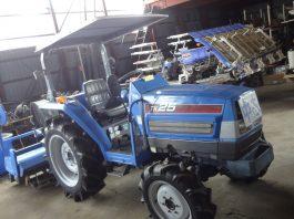 中古トラクター イセキ25馬力 TK25UKDXZP06-WAY1700 478時間 サンバイザー付