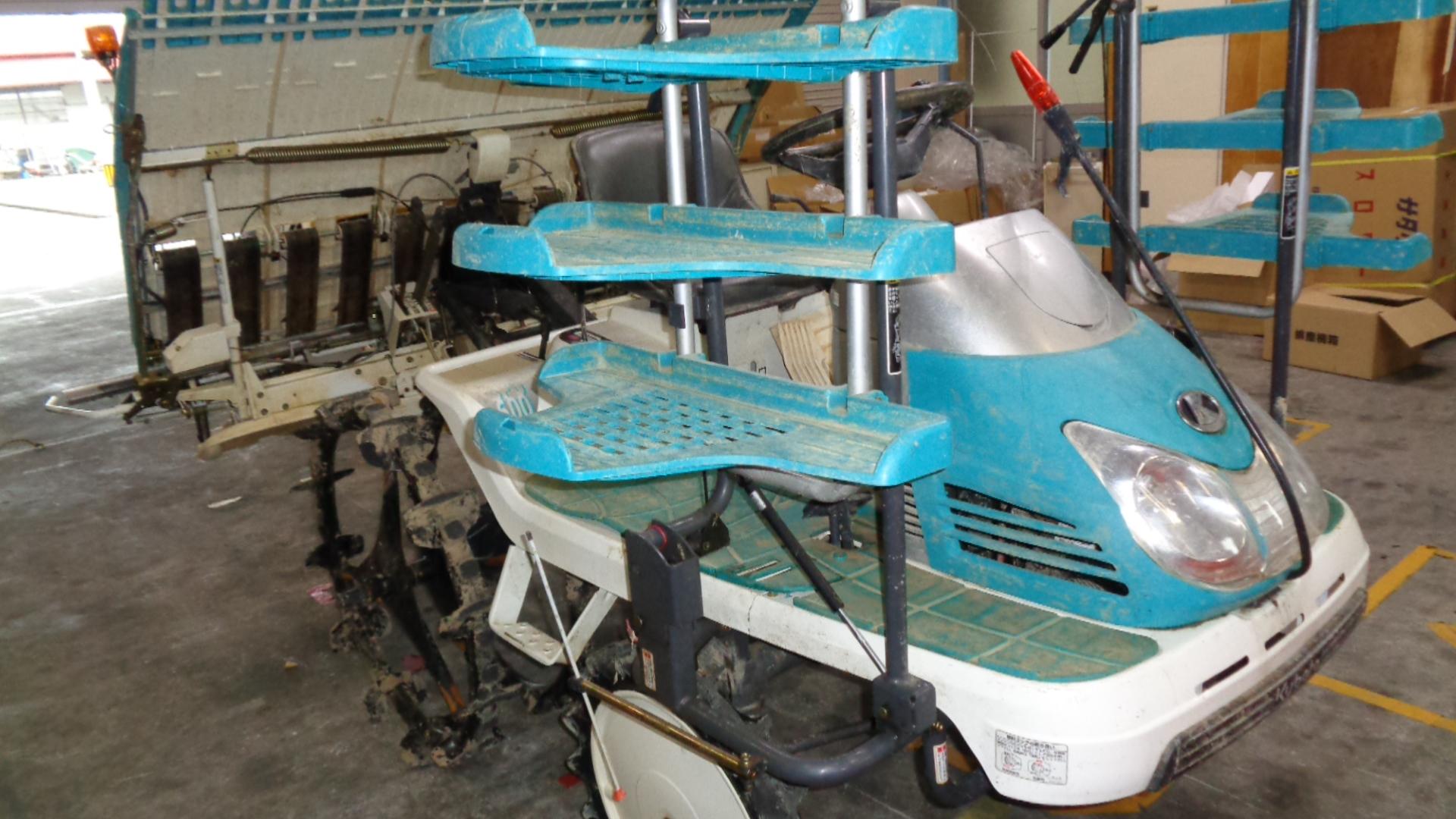 中古田植え機 クボタ SPU600GIT5 大径車輪 内付補助車